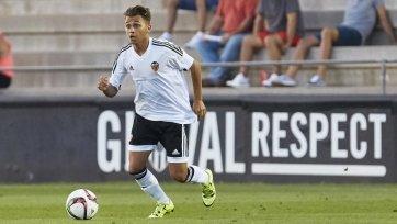 «МЮ» и «Барселона» поборются за игрока «Валенсии»