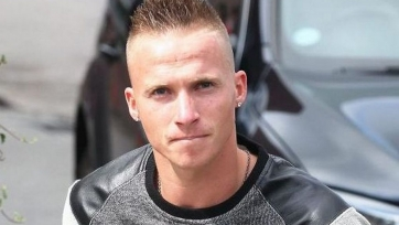 Александер Бюттнер собирается остаться в «Динамо»