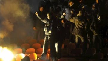 На матче «Факел» - «Динамо» приключились массовые беспорядки (видео)