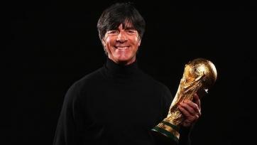 Официально: Лёв будет руководить сборной Германии до лета 2020-го года