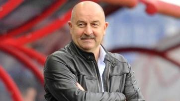 Черчесов вызвал 24 футболиста на матчи против Румынии и Катара