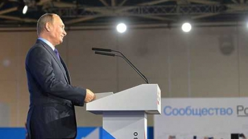Владимир Путин заявил, что футбол в России жив