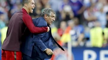 Роналду проголосует за Фернанду Сантуша при выборе лучшего тренера года