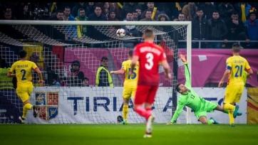 Дубль Левандовского принёс Польше разгромную победу в Бухаресте