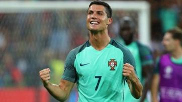 Роналду: «Когда я проснулся в день финала Евро-2016, в моей постели лежали три блондинки»