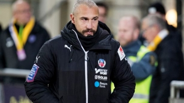 Хенрик Ларссон покинул пост главного тренера «Хельсингборга»