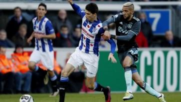 «Аякс» заработал три очка в матче с «Херенвеном»