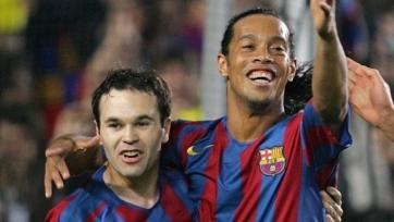 Иньеста вспомнил, как в 2005-м году Роналдиньо передумал уходить в «Реал»