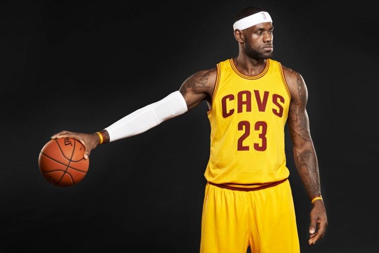 Спортивные монополии. Что отличает и чем похожи АПЛ и НБА?