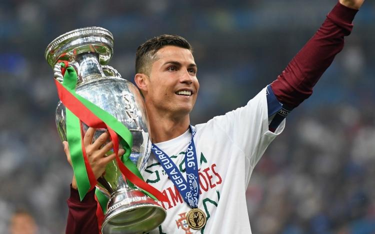 Футболоскар-2016. Главные герои и лучшие моменты уходящего года