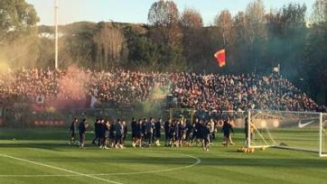 Более четырёх тысяч фанатов «Ромы» посетили первую тренировку клуба после победы над «Лацио»