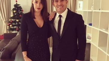 Чилийский болельщик заявил Меделю, что жена любит его только за деньги, Гари посоветовал пожаловаться в ФИФА