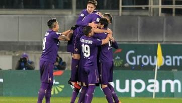 «Фиорентина» в драматичном матче упустила победу над «Наполи», волевая победа «Кальяри» над «Сассуоло» и ещё один победный гол Белотти