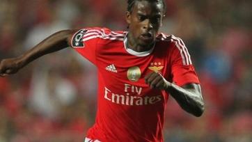 «Манчестер Юнайтед» заинтересован в приобретении Семеду