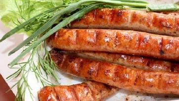 «Бавария» сдержала обещание и выслала «Ингольштадту» кучу сосисок