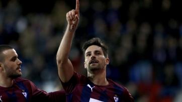«Эйбар» впервые выиграл у «Депортиво»