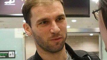Иванович прилетел из Лондона в Санкт-Петербург