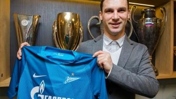 Официально: Иванович стал игроком «Зенита»
