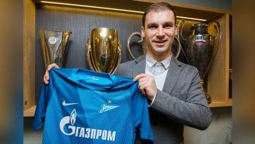 Иванович будет выступать в «Зените» под 60-м номером