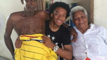 Мать Куадрадо: «Летом я молилась каждый день о том, чтобы Хуан вернулся в «Ювентус»