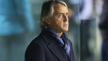 Роберто Манчини присутствует на матче между «Болоньей» и «Миланом»