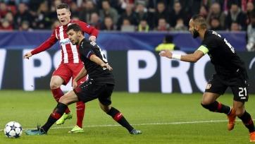 «Атлетико» в упорной борьбе переиграл «Байер»