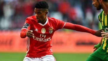 «Манчестер Юнайтед» вновь интересуется вариантом с Семеду