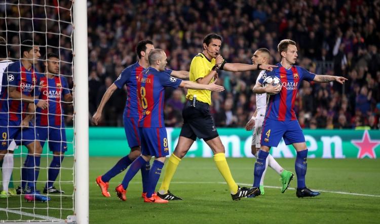 Казнить нельзя помиловать. Что УЕФА сделает с рефери, который судил матч «Барселона» – «ПСЖ»