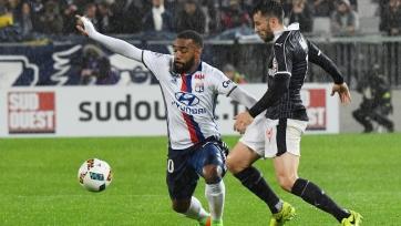 «Лион» с трудом ушёл от поражения в матче с «Бордо»