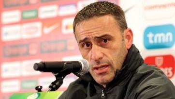«Олимпиакос» прекратил сотрудничество с Бенту