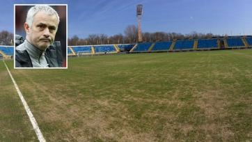 Моуринью недоволен состоянием газона на стадионе «Ростова»