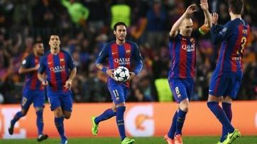 Андрес Иньеста выбран лучшим футболистом матча между ПСЖ и «Барсой»