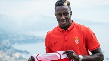 Экс-игрок сборной Франции проиграл спор игроку «Монако» и должен съесть крысу