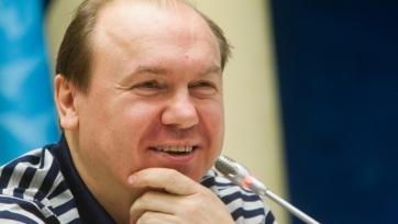 Бывший игрок сборной Украины: «Игрокам с айфонами нужен тренер-диктатор»