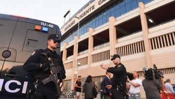 Полиция Мадрида арестовала и избила болельщиков «Лестера»