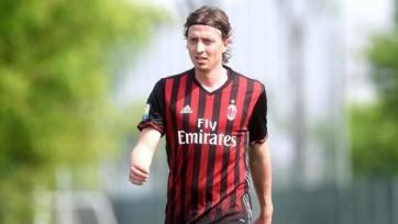Монтоливо вернулся на поле, сыграв за молодёжный состав «Милана»