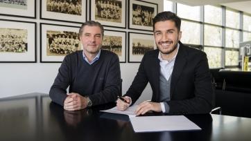 Нури Шахин подписал новый контракт с «Боруссией»