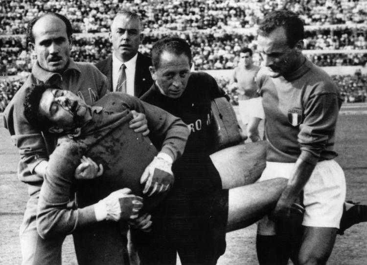 Великолепный и Камикадзе. Как Лоренцо Буффон боролся за звание лучшего вратаря Италии