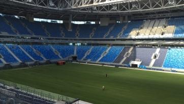 На стадионе «Крестовский» окончены работы по укладке газона