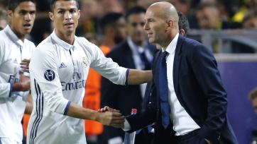 Роналду: «Зидан грамотно руководит командой, своими успехами «Реал» обязан именно ему»