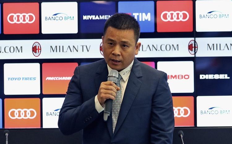 «Милан» отстранили от еврокубков и скоро продадут. Что с ним не так?