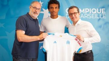 Официально: Луис Густаво перешёл в «Марсель»