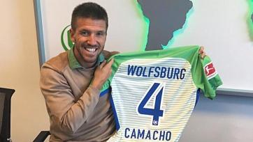 Официально: «Вольфсбург» подписал опорника «Малаги» за 15 миллионов евро