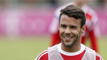 Бернат травмировался в дуэли с «Миланом»