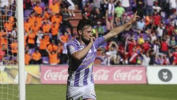 «Барселона» включилась в борьбу за Арнаиса