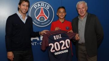 Официально: ПСЖ приобрел 15-летнего звездного футболиста «Барселоны»