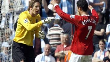 Ван дер Сар рассказал, что позволило Роналду стать намного сильнее Руни