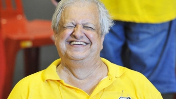 Президент «Сантоса» уволил тренера, а затем вернул обратно