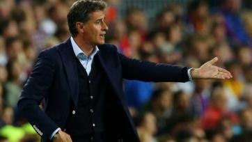 Главный тренер «Малаги» требовал остановить матч, потому что «Камп Ноу» называл его «гомиком»