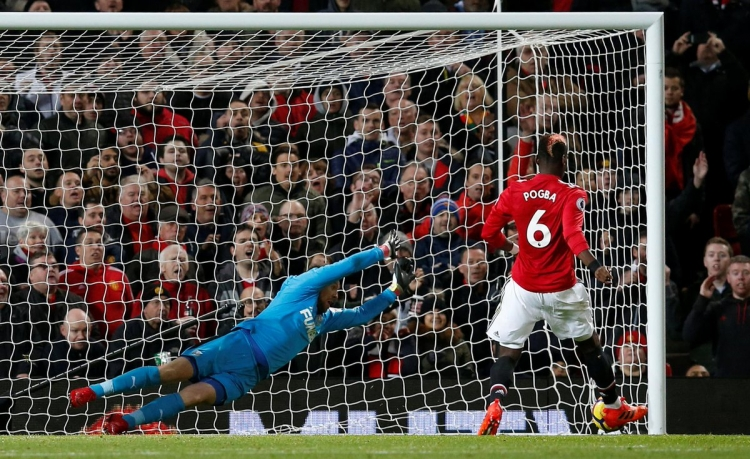 «Манчестер Юнайтед» крупно победил «Ньюкасл»